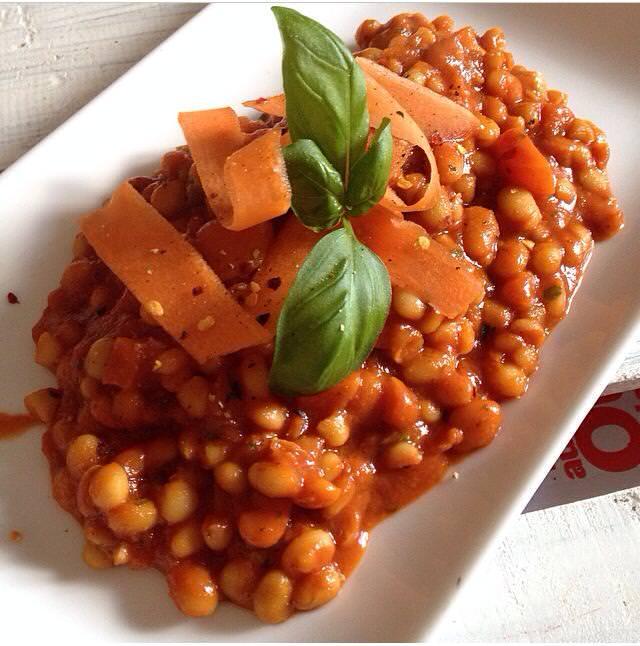 Bohnen in Tomatensoße