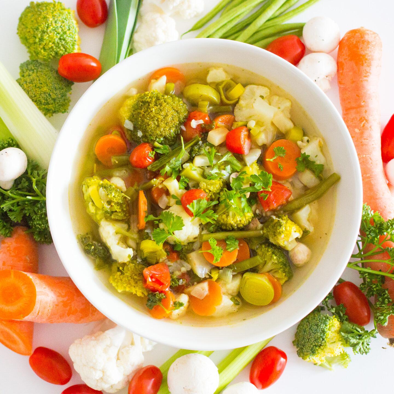 FroileinFux zeigt 5:1 – Gemüsesuppe