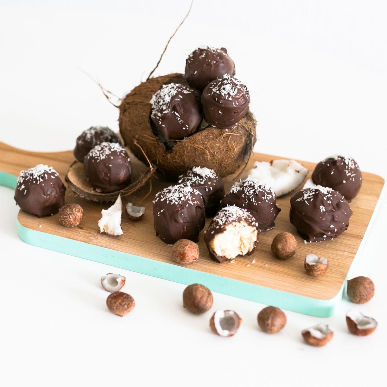 Kokos-Proteinpralinen
