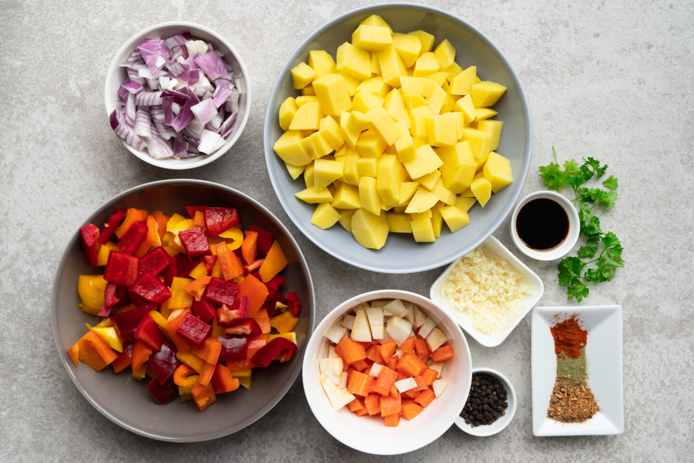 Veganes Kartoffel-Paprika Gulasch
